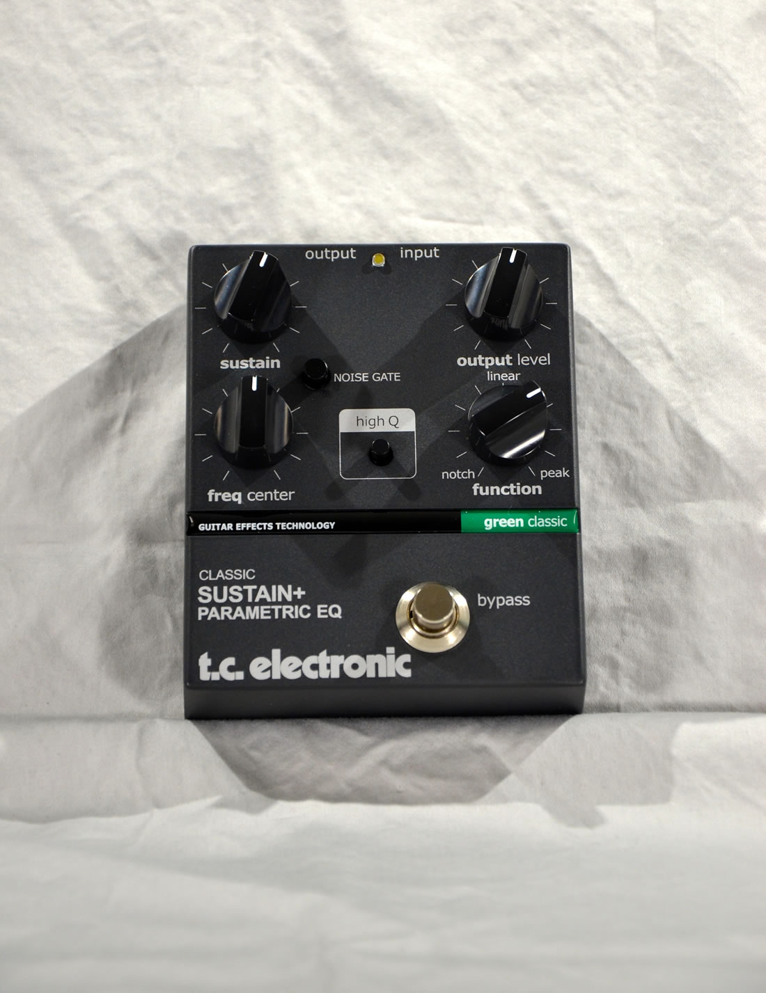 t. c. electronics Classic Sustain + Parametric EQ
